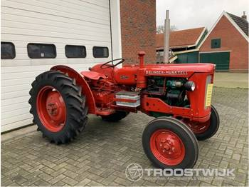 Volvo BM 320 D Buster - tractor agricola