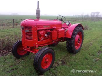 Volvo BM T-230 - tractor agricola