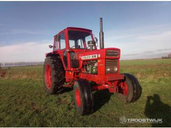 Volvo BM T-700 - tractor agricola