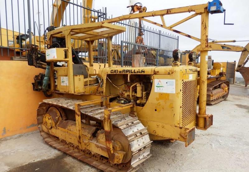 bulldozer Caterpillar D 4 D