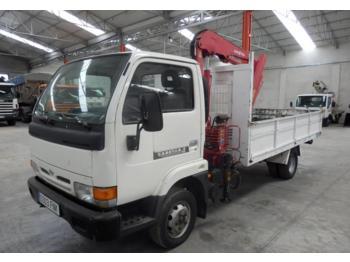 Camión con plataforma elevadora Nissan CABSTAR 35.11