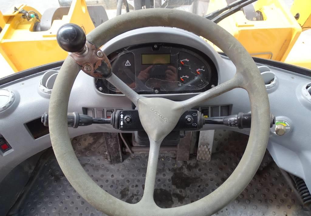 cargadora de ruedas Volvo L 120 D