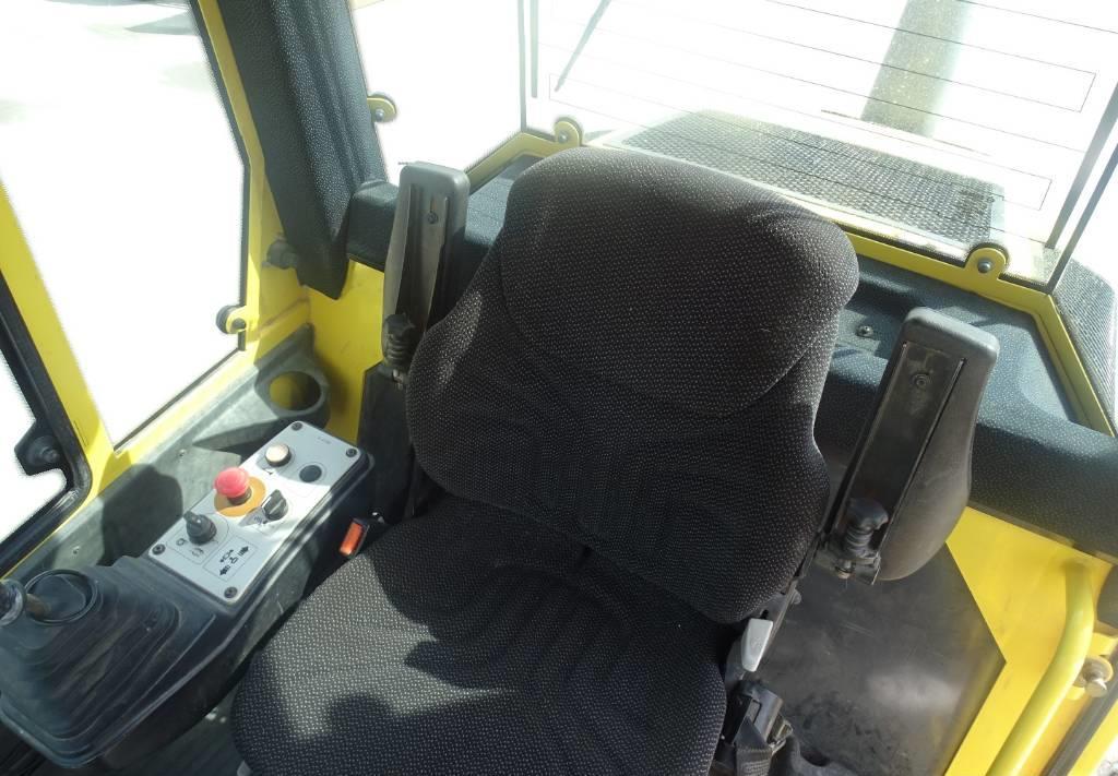 compactador Bomag BW 213 D H-4