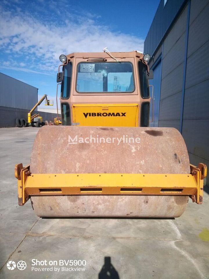 compactador VIBROMAX 1102