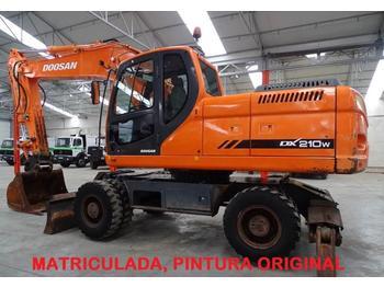 Excavadora de ruedas Doosan DX 210 W