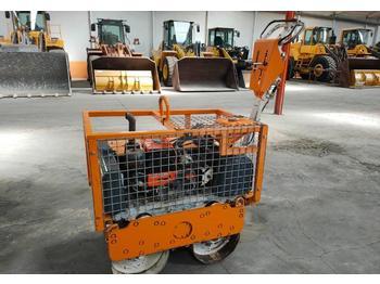 Mini compactadora Bobcat BT 750
