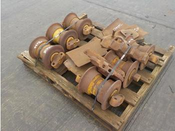 Pallet of Botton Rollers & Sprockets (2 of) - oruga - rodillos