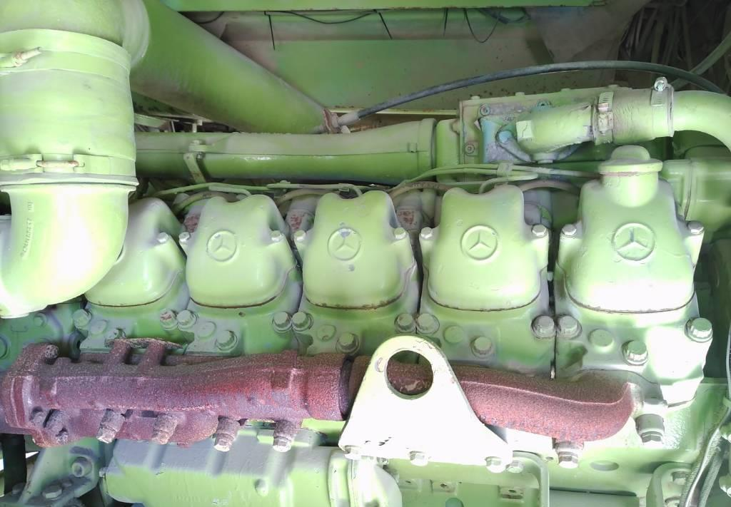 motor Mercedes-Benz V10 OM 403